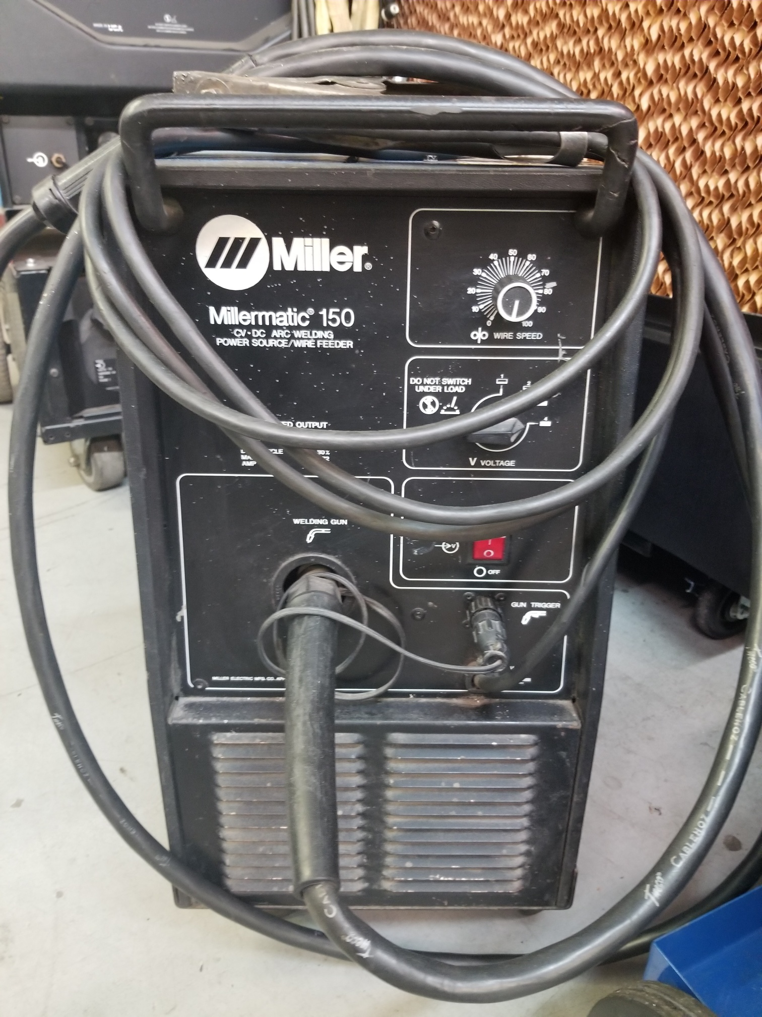 Circle Track Supply >> Miller 150 Mig Welder Circle Track Warehouse Inc